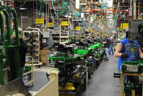 Workers in a John Deere factory floor in Waterloo, IA